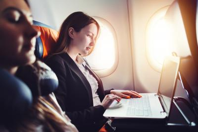 3 Ways Entrepreneurs Can Stay Productive on the Plane