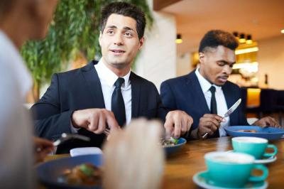 The 5 Steps to Mastering the Art of Successful Business Dinners