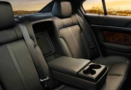assets/Lincoln MKS